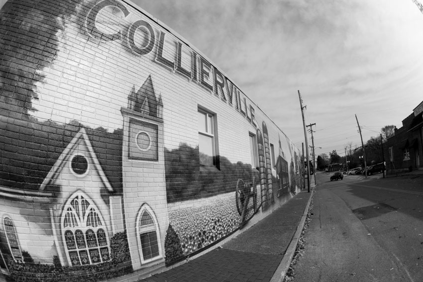 Collierville Mural.  Photo by Jim West
